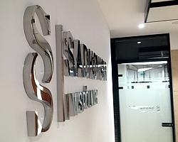 litery z mosiądzu litery ze stali nierdzewnej litery dla kancelarii
