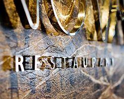 litery ze stali nierdzewnej polerowanej hotel logo